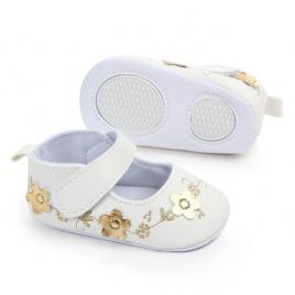 Pantofiori albi cu floricele aurii (marime disponibila: 3-6 luni (marimea 18...