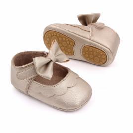 Pantofiori aurii cu volanas si fundita (marime disponibila: 3-6 luni (marimea...