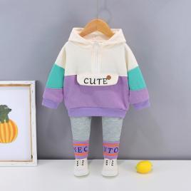 Costumas pentru fetite - cute (marime disponibila: 3 ani)