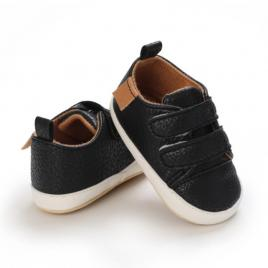 Pantofiori negri pentru baietei (marime disponibila: 3-6 luni (marimea 18...