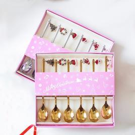 Set 6 lingurite culoare aurie cu motive de Craciun cutie cadou