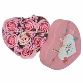 Aranjament floral 7 trandafirii cutie inima , flori de sapun, roz, alb, 11x9x6 cm