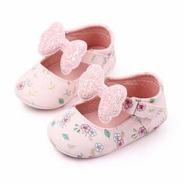 Pantofiori roz cu floricele si fundita (marime disponibila: 0-3 luni)