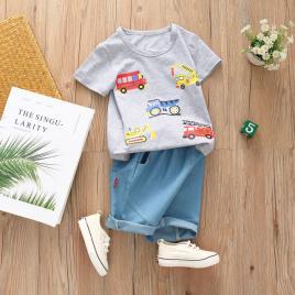 Costum bebelusi cu tricou gri - masinute (marime disponibila: 2 ani)