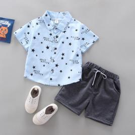 Costum cu camasuta bleu cu stelute (marime disponibila: 18-24 luni)