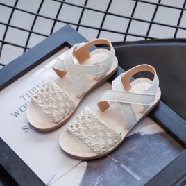 Sandale albe cu plasa crosetata (marime disponibila: marimea 26)